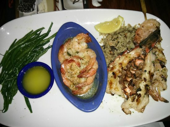 Front view picture of red lobster cincinnati tripadvisor for Red lobster fish and chips