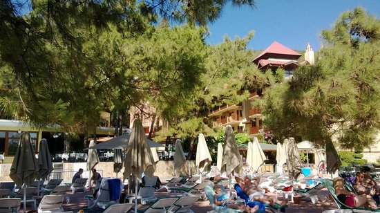 Marmaris Park Hotel: view from pool area