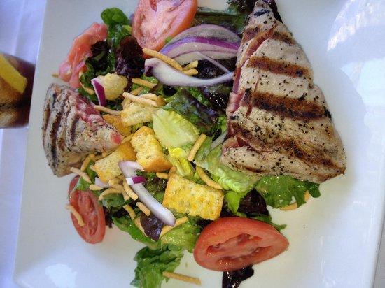 Grand Cafe Key West: Yellow tuna salad, really good!