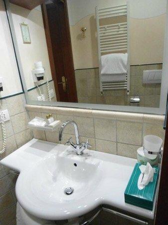 grand hotel terme roseo bagno