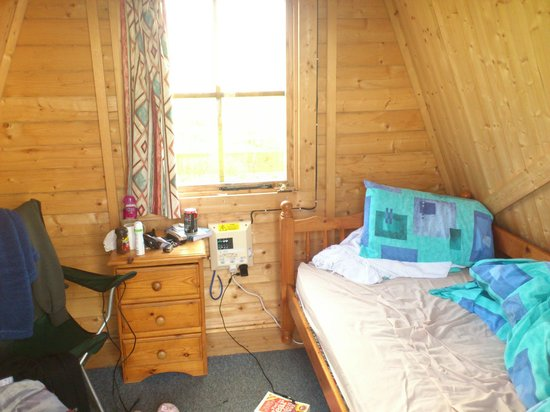 Ayre's Rock Hostel: inside my pod