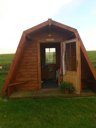Ayre's Rock Hostel: my pod