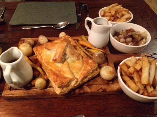 Black Lion Restaurant: Beef Wellington