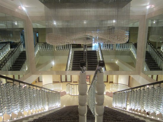 InterContinental Jordan : Staircase to Basement