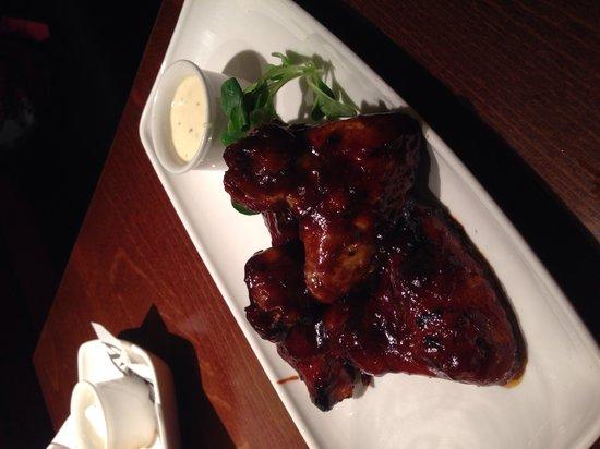 Miller & Carter: Barbecue chicken wings starter yum