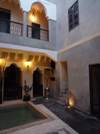 Riad Dar El Masa: cour intérieure
