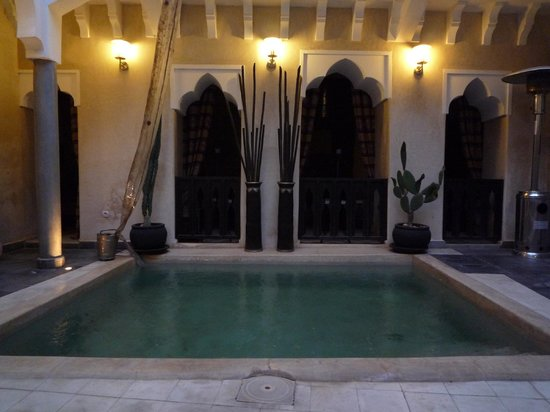 Riad Dar El Masa: piscine