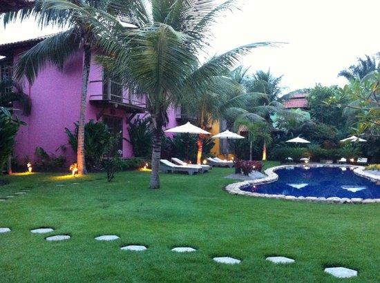 Pousada Vira Canoa: Apartamentos e piscina