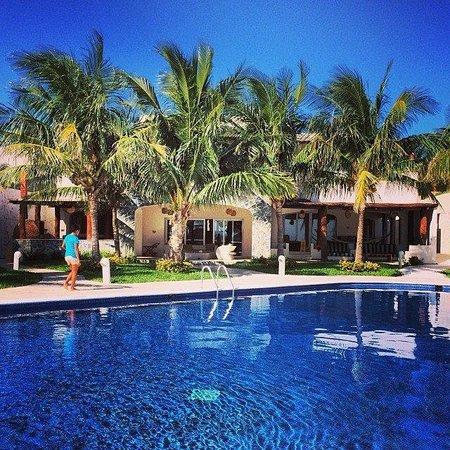 Villa Carola Azul Beach Resort