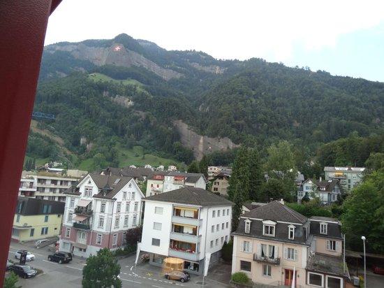 Vitznauerhof: Вид из окон отеля, сторона на горы
