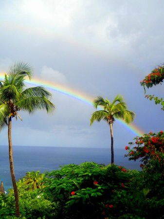 Anse Chastanet: double rainbow as a first morning greeting