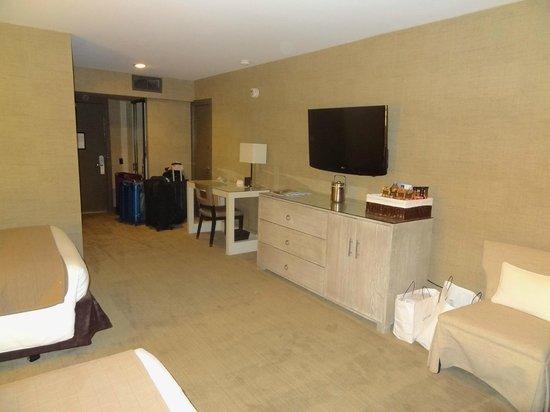 Luxe Sunset Boulevard Hotel: Quarto
