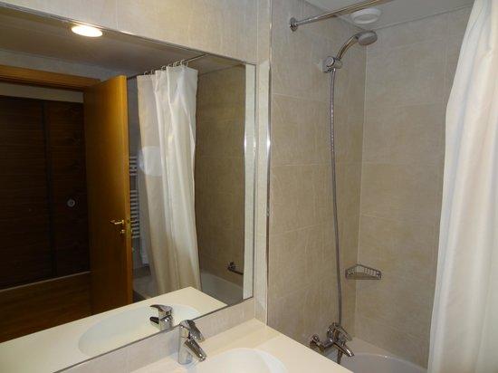 Cinquentenario Hotel : pormenor de chuveiro