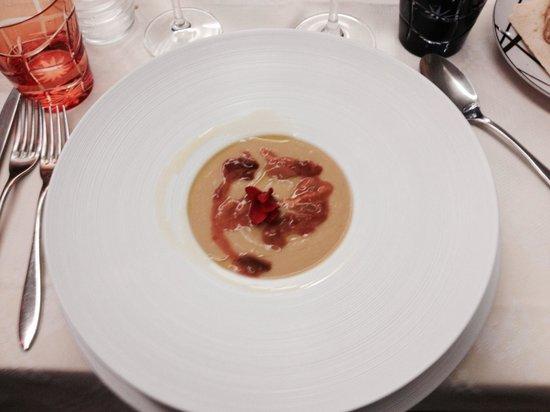 Greka' Restaurant: Crema di ceci con ricci