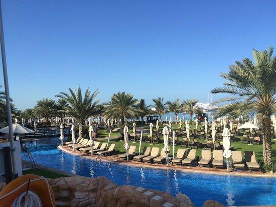 The Westin Dubai Mina Seyahi Beach Resort & Marina: Pool area
