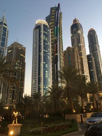 The Westin Dubai Mina Seyahi Beach Resort & Marina: City view in front of the Hotel