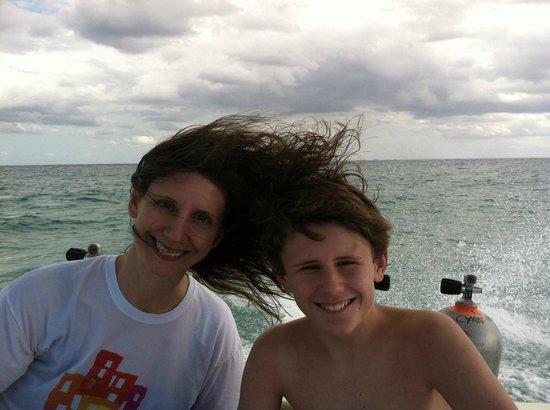 Vida Aquatica Dive Center: John & I between dives