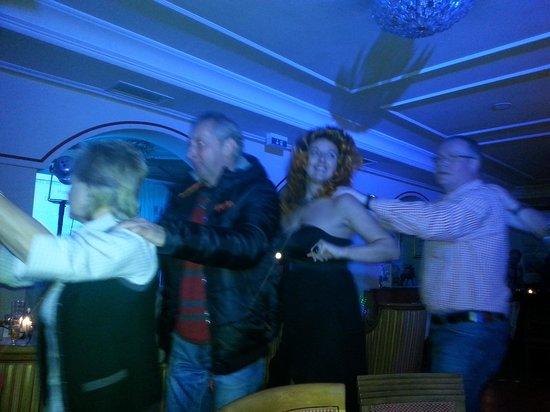 Hotel Alpenblick: Mitarbeiter Show