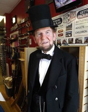 Lincoln Train Museum: Gettysburg's beloved Jim Getty as President Abraham Lincoln!