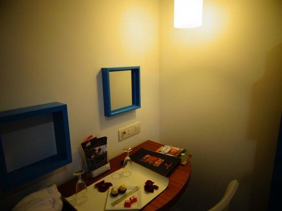 Saboia Estoril Hotel: Pormenor do interior do quarto