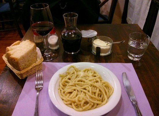 HOSTARIA IL RIALTO: Primo (Pici with Cheese and Pepper sauce)