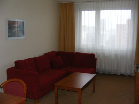 Hotel Bratislava: Main room in the suite