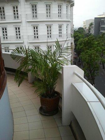 Huong Sen Hotel : Houng Sen Deluxe - Balcony right side