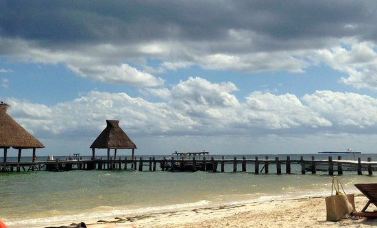 Zoetry Paraiso de la Bonita: The glorious beach, right near the dock