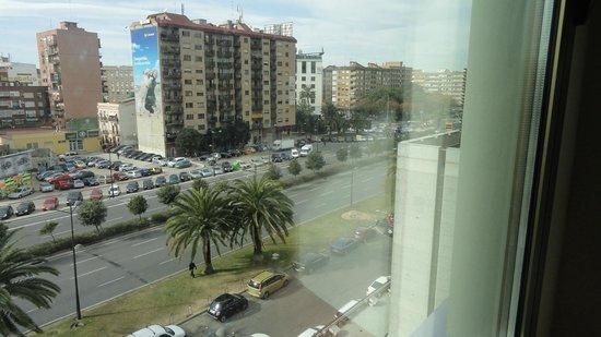 Expo Hotel Valencia : Vista  do apartamento. Uma vista magnífica