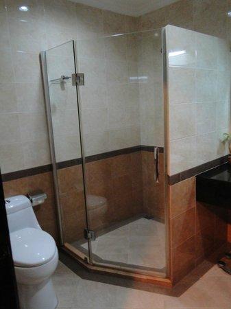 Pacific Hotel & Spa: Bagno
