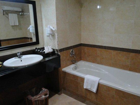 Pacific Hotel & Spa: Bagno 2