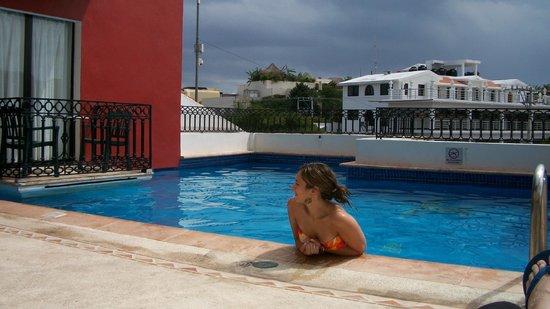 Koox Caribbean Paradise Hotel: pileta