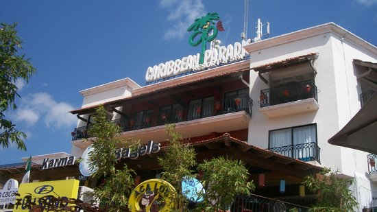 Koox Caribbean Paradise Hotel : frente