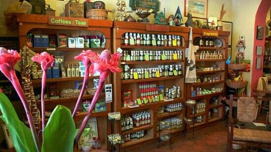 Spicy Caribbee: Inside of the store!
