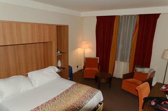 Radisson Blu Hotel at Disneyland Paris : Camera standard