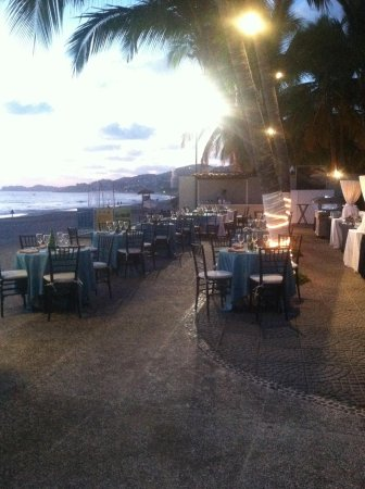 Emporio Ixtapa: The sunset BBQ outdoor restaurant at Emporio