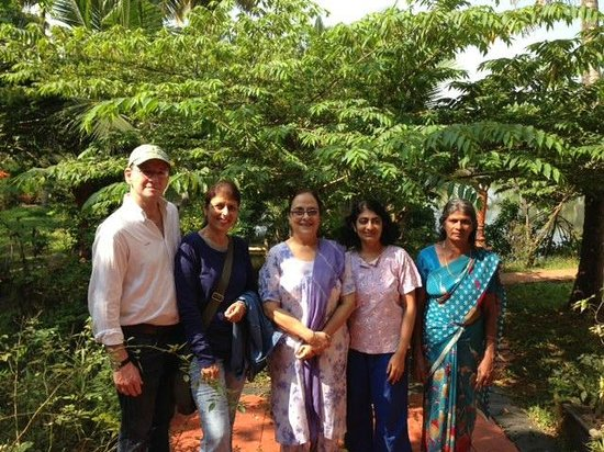 Shravanam Greens : Our group with Indu and Chechi