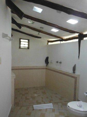 Ixchel Playa & Cabanas: Baño