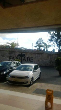 Fanabe Costa Sur Hotel: Outside area