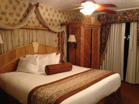 Parkway International Resort: Master Bedroom, very nice