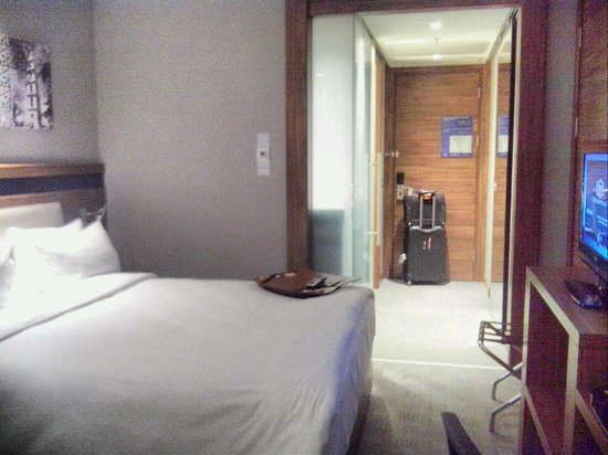 Hampton by Hilton Bursa : bedroom