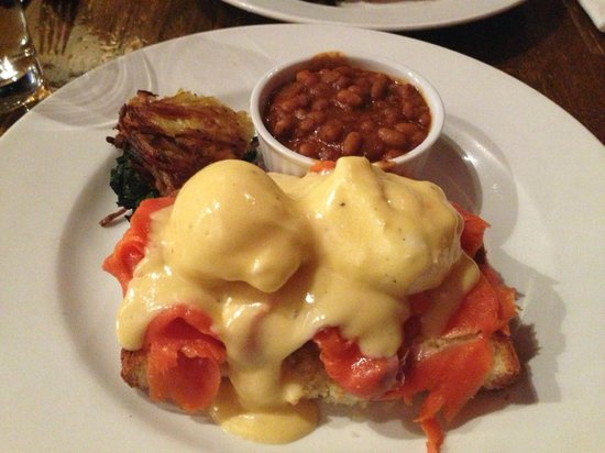 Twisted Fork Bistro: Eggs Benny with Smoked Salmon