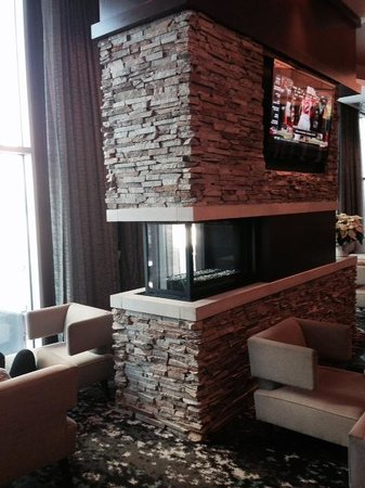 Embassy Suites by Hilton Denver - Downtown / Convention Center: Restaurant/lounge decoration