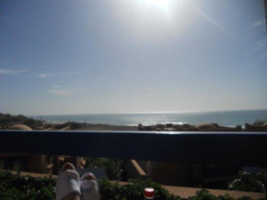 Paradis Plage Surf Yoga & Spa Resort : vu de la suite a partir de la terrasse principale