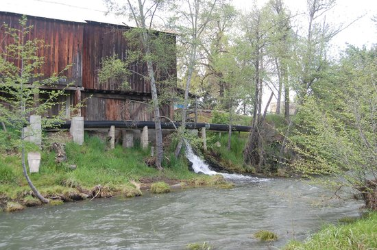 Butte Creek Mill: Creekside showing the overflow of the flume