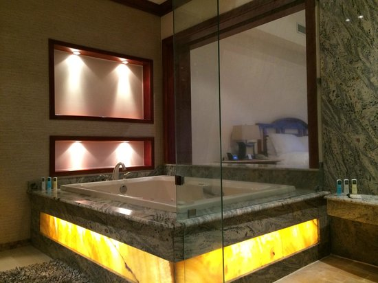 Tabacon Thermal Resort & Spa : Jacuzzy
