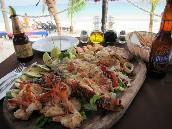 La Vita e Bella : Seafood platter for two