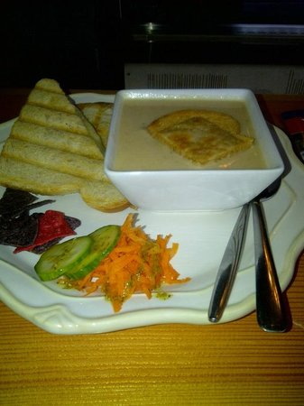 The Wild Oak Cafe & Community Market: Parsnip soup with a cheese 'meltie'
