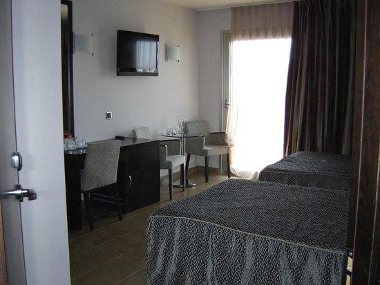Sandos Monaco Beach Hotel & Spa: The room we had, it was great, beds were so comfortable.
