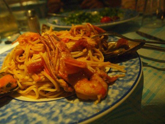 Petros Restaurant: Seafood pasta at Petros